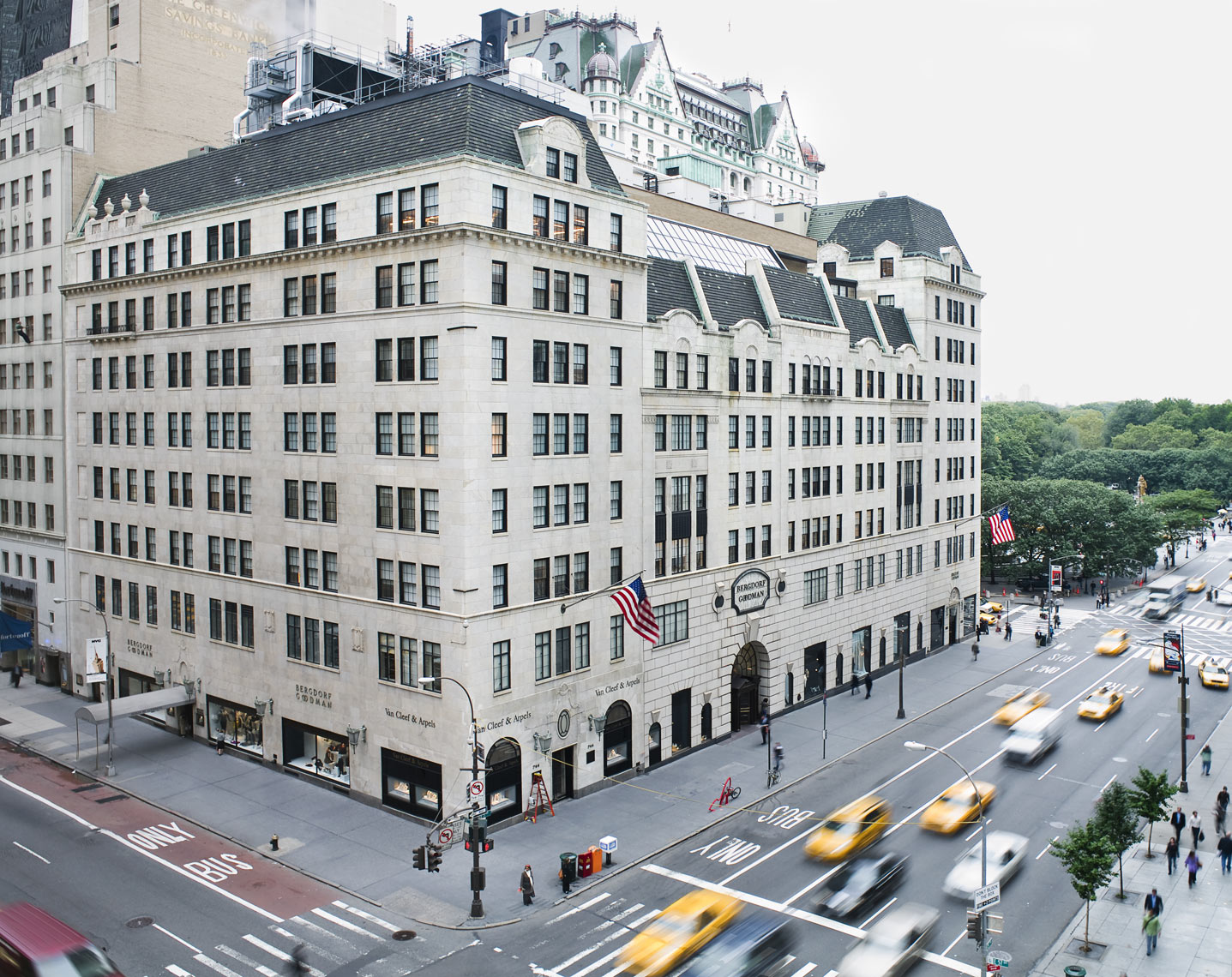 BERGDORF_GOODMAN-39-Edit-Edit_retouched_crop-copy.JPG