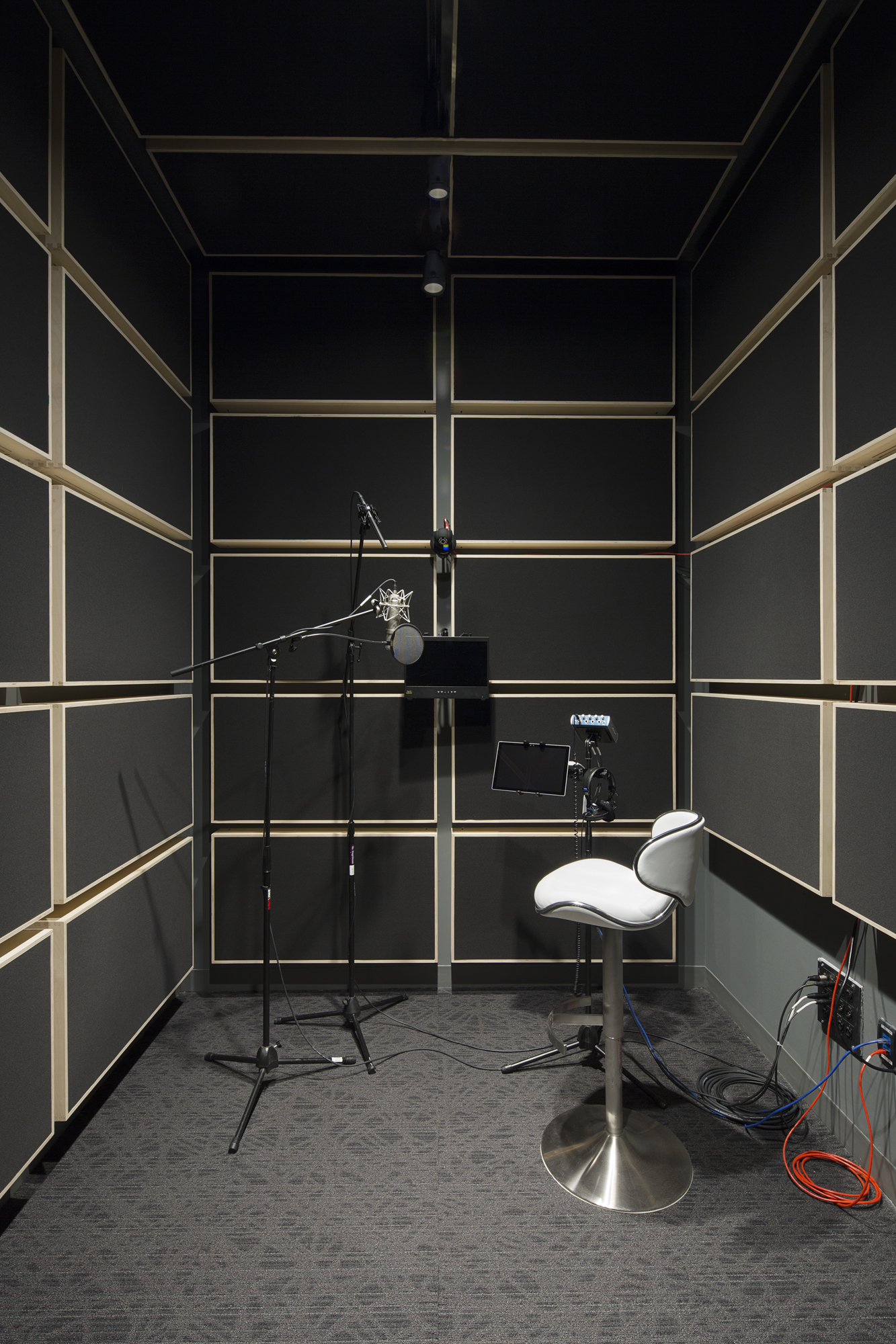 Voice_Over_Room-006-Edit.JPG